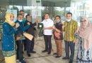 DPP Hikabara Silaturahmi dengan Bupati Batubara, Saling Tukar Cenderamata