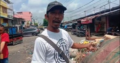 Satu Bulan Sampah Tidak Diangkut, Dinas Pasar Tutup Mata