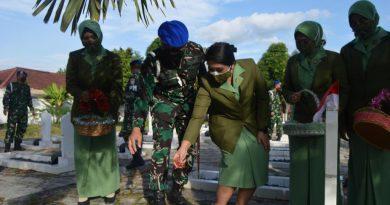 HUT CPM AD ke-75, Denpom II/3 Lampung Menggelar Ziarah